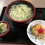 手打ちうどん よこい - 料理写真:釜揚げ(大)&チラシ寿司