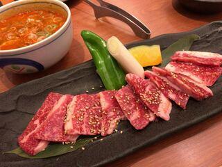 焼肉やまと 船橋本店 - ビッグランチとスープ(追加料金で辛いスープにしました)