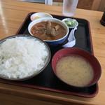 75335072 - 永井食堂(群馬県渋川市上白井) もつ煮定食 590円