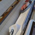 清水港寿司特急 まぐろ屋バンノウ水産 - 新幹線が運んできます