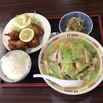 ちゃんぽん長崎屋 - ちゃんぽん定食  ¥830