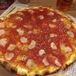 石窯ピザのイタリアンバル Pizza Cozou - 【'17.10】マリナーラ。皮が薄過ぎてあまりピザ生地の存在が伝わらなかったな~。
