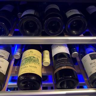 ソムリエ厳選のワイン(赤・白・ロゼ・泡)全て2,980円