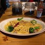 キッチン ロッキーズ - サルシッチャとブロッコリーのペペロンチーノ(Lサイズ)