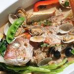 ラベイユ - 料理写真:1本魚のアクアパッツァ