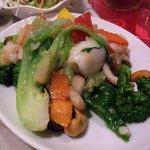 7534298 - 海鮮も野菜もたっぷり、美味しそう!