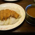 7534452 - カツカレー(1050円)