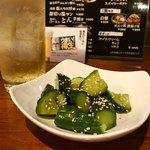 くう - ピリ辛きゅうり胡麻油 390円