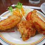 餃子の王将 - ジャストサイズ鶏の唐揚げ300円+税