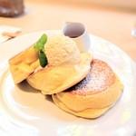 75360327 - 幸せのパンケーキ