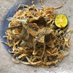 辺銀食堂 - コース料理例(旬の小魚揚げ)