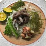 辺銀食堂 - コース料理例(ウムズナーの刺身)