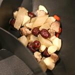 ファイヤーホール4000 - これから肉骨茶(バクテー)スープを作ります