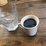 エスデミック カフェ - カレーはミニコーヒー付