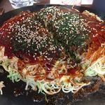 鉄板焼お好み焼 花子 - 肉玉そば(そばダブル) 850円  平日ランチ、そばダブル無料!