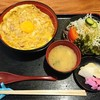 五味八珍 - 料理写真:極上親子丼1300円