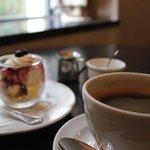カフェドゥラプレス - ランチデザート、コーヒー