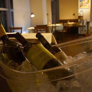 ◇100%イタリアワイン◇料理を引き立てる多様な品揃え