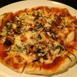 アンズバーダイニング - 色々キノコと海苔のピザSサイズ1180円