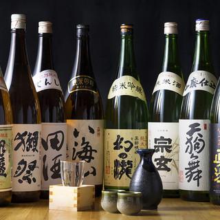日本酒は定番から銘酒まで。ボトルワインも豊富。肉、魚にぜひ