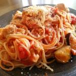 AVANTI TAKAHIRO - 鶏肉と秋ナスのトマトソースパスタ