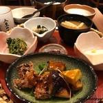 とろ麦 - 鶏と野菜の黒酢あんかけ膳