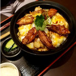 秋田比内地鶏生産責任者の店 本家あべや - 比内地鶏親子丼「極」:1,480円