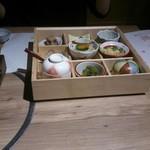 75399082 - 娘がオーダーしたランチ。これに小鍋(鱧)、松茸ご飯、デザート