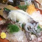 75399088 - イカ様。エンペラとげその付け根は、天ぷら、塩焼き選べます。塩焼き、美味しかった