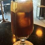 caffeineholic - アイスコーヒーの炭酸水割り