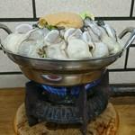 すき焼・鍋物 なべや - 牡蠣みそ鍋(1人鍋)