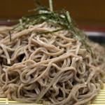 ちくま・そば処 - 料理写真:特上ざるそば(450円)
