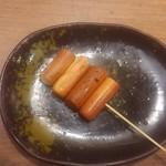三代目 鳥メロ - 燻製チーズ串焼き