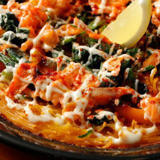 【こだわり食材と人気料理】新鮮魚介を使った絶品スペイン料理!