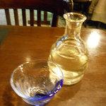 7541908 - 朝から冷酒!