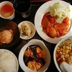 青龍 - 料理写真:日替わりランチ(980円)
