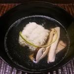 75415085 - 丹波産 松茸と鱧のお椀 柚子の風味