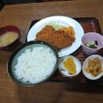 食堂 伊賀 - ハムカツ定食(680円)2017年10月