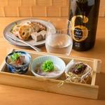 焼鳥 嘉とう - コース前菜(一例)とレバーのパテ