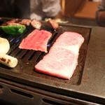 和牛・焼肉・食べ放題 牛憩 肉屋の台所 - 和牛特上カルビ