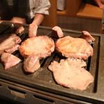 和牛・焼肉・食べ放題 牛憩 肉屋の台所 - ターン!