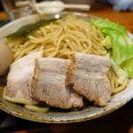 胡座 - 料理写真:味玉チャーシューつけ麺