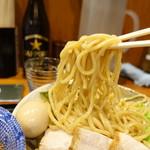胡座 - 太麺リフト