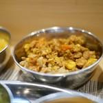 スパイス料理ナッラマナム - 辛口あさりキーマ