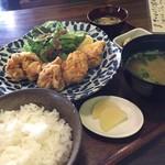 ごはん屋 カカ - 料理写真:奥三河どりの唐揚げ定食