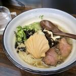 麺場 Voyage - 「牛とホタテの潮ラーメン」(950円)