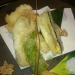 75437162 - 天ぷら、魚はヒラメとキス