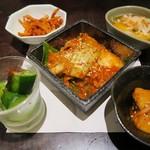 焼肉トラジ - キムチ5種盛り