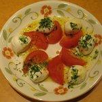 7544624 - フレッシュチーズとトマトサラダ