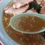 ニューラーメンショップ宝田 - 豚骨スープ&野菜スープ